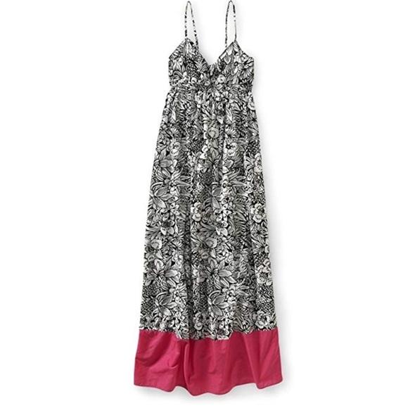 Aeropostale Dresses & Skirts - New NWT Aeropostale floral maxi dress